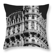 Rainbows And Architecture In Black And White Throw Pillow