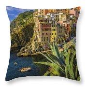 Rio Maggiore Cinque Terre Italy Throw Pillow