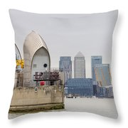 River Thames Landscape Throw Pillow