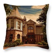 Roger Williams Park Zoo Throw Pillow