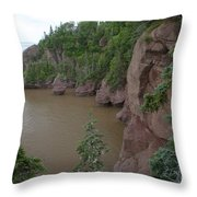 Seastacks At Hopewell Rocks Throw Pillow