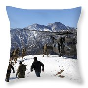 Soldiers Board A U.s. Army Uh-60 Black Throw Pillow
