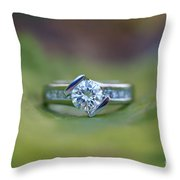 Solitaire On Leaf Throw Pillow