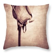 Solitaire Rose 1.0 Throw Pillow