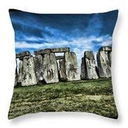 Striking Scene Of Stonehenge Throw Pillow