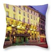 The Gresham Hotel Dublin, Oconnell Throw Pillow