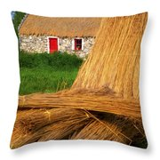 Traditional Thatching, Ireland Throw Pillow
