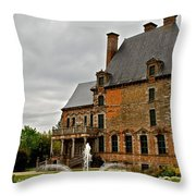 Tres Francais Throw Pillow