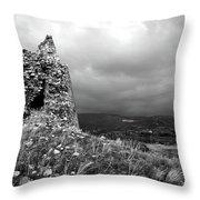 Un Torre Di Calabria Throw Pillow