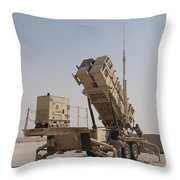U.s. Army Soldiers Power-up A Mim-104 Throw Pillow