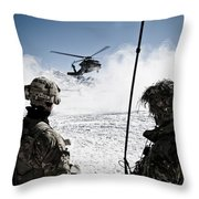 U.s. Army Soldiers Watch The Arrival Throw Pillow