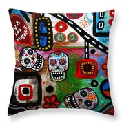 Viva Tres Muertos Throw Pillow