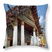 Wat Intarawiharn Ubosot Dthb1277 Throw Pillow