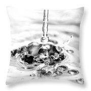 Waterdrop16 Throw Pillow
