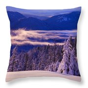 Winter Snow, Cascade Range, Oregon, Usa Throw Pillow