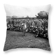 Wwii Artillery Commander Gives Pilots Throw Pillow