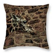 Amazing Optical Illusion - Can You Find The Giraffe Throw Pillow