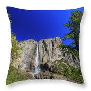 Beauty Of Yosemite Throw Pillow