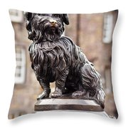 Bobby Statue, Edinburgh, Scotland Throw Pillow