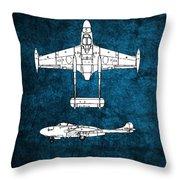 de Havilland Venom Throw Pillow