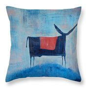 Enamorado De La Luna Throw Pillow