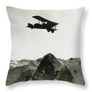 Flug Uber Dem Eiger Throw Pillow