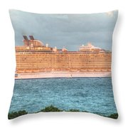 Fort Lauderdale, Usa Throw Pillow