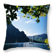 French Polynesia, Moorea Throw Pillow