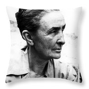 Georgia Okeeffe (1887-1986) Throw Pillow