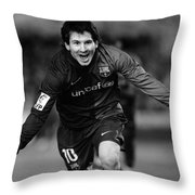 Lionel Messi 1 Throw Pillow