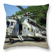 Mil Mi-17 Hip Throw Pillow