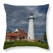 Seul Choix Lighthouse Throw Pillow