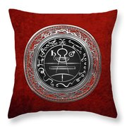 Silver Seal Of Solomon - Lesser Key Of Solomon On Red Velvet  Throw Pillow