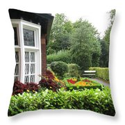 St. Stephen's Green Throw Pillow