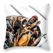 Stewed Fresh Mussels In Spicy Garlic Wine Seafood Sauce Throw Pillow