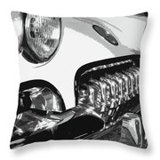 The Vette That Growled Throw Pillow