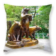 Three Bronze Sculpture Statue Of Bears Great Attraction At New York Ny Central Park By Navinjoshi Throw Pillow