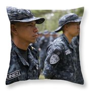 Tigres Commandos Stand In Formation Throw Pillow