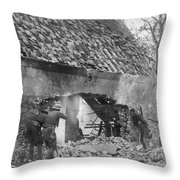 World War I: U.s. Troops Throw Pillow