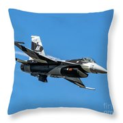 18th Aggressor Sgn Viper Pulling Up Trailing Vapes Throw Pillow