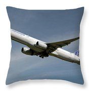 United Airlines Boeing 757-224 Throw Pillow