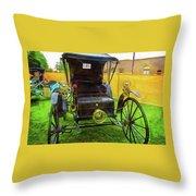 1906 Holsman Automobile Throw Pillow
