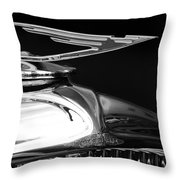 1929 Duesenberg Model J Hood Ornament 2 Throw Pillow