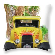 1932 Ford Five-window Coupe 'head On' I Throw Pillow
