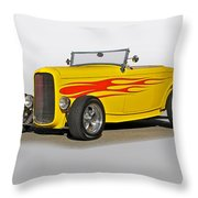 1932 Ford 'flame Game' Roadster Throw Pillow