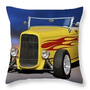 1932 Ford Roadster 'hiboy' Throw Pillow