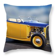 1932 Ford Roadster 'pass Side' L Throw Pillow