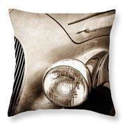 1938 Talbot-lago 150c Ss Figoni And Falaschi Cabriolet Headlight - Emblem -1554s Throw Pillow