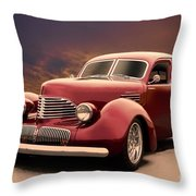 1941 Hollywood Graham Sedan I Throw Pillow