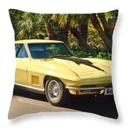 1967 Chevrolet Corvette Sport Coupe Throw Pillow